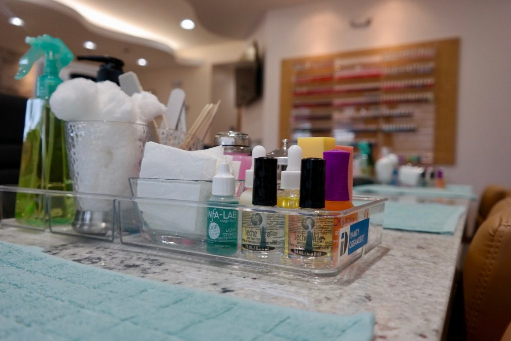 About Us - Smiley Nails II - Elmhurst\'s #1 Luxury Nail Salon & Spa